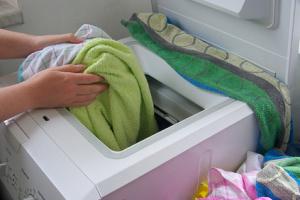 Wäsche waschen - washing clothes 03